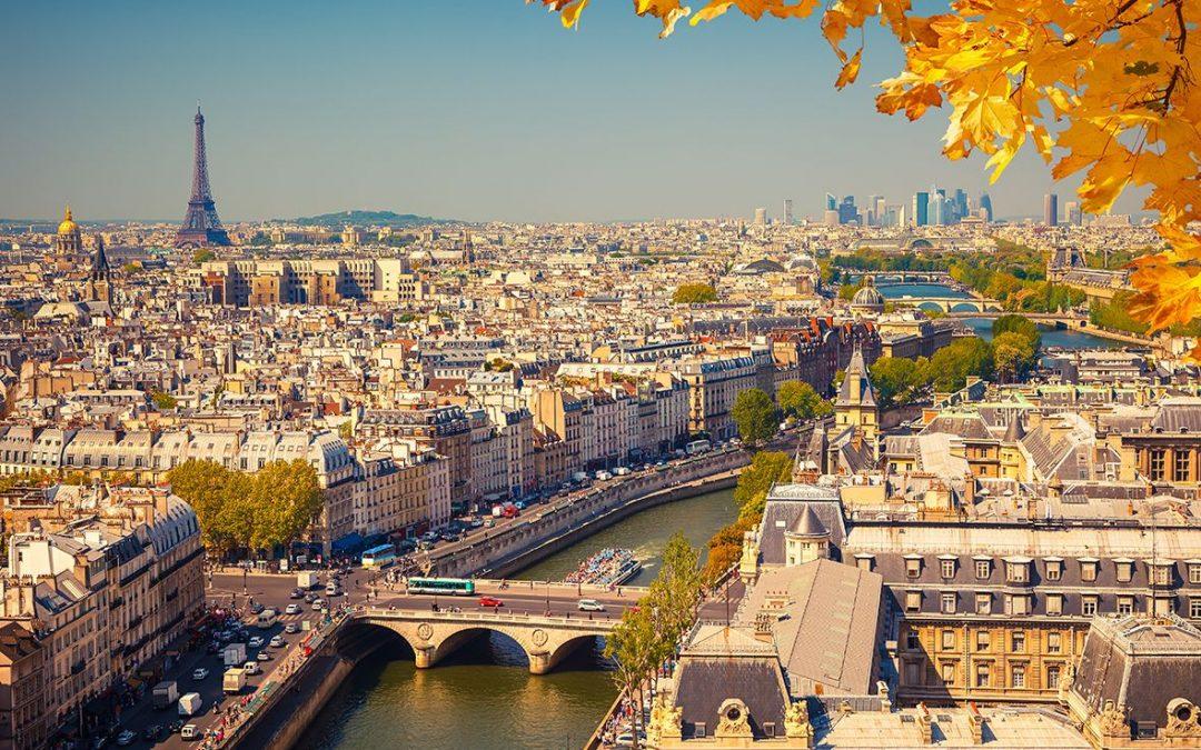 Frankreich – Mit Bus, Bahn oder Flug nach Paris