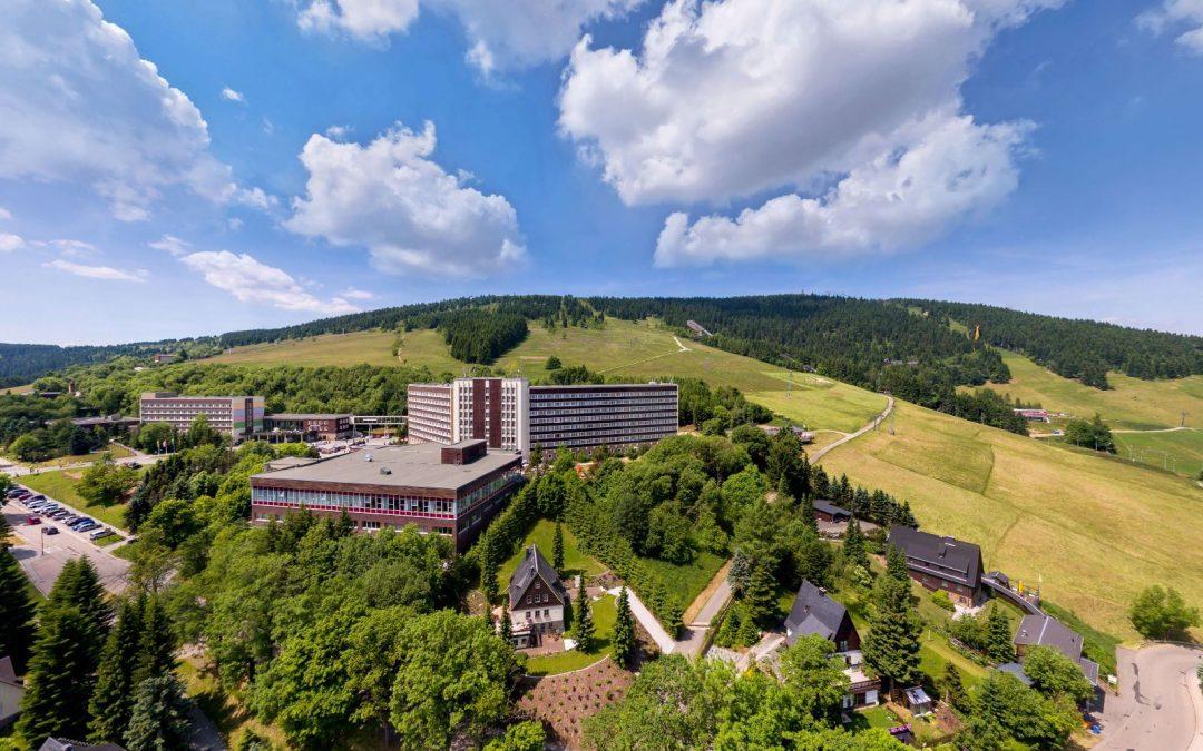 Außenansicht Hotel Ahorn Am Fichtelberg